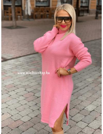 Kötött női ruha, csodás rózsaszín színben.