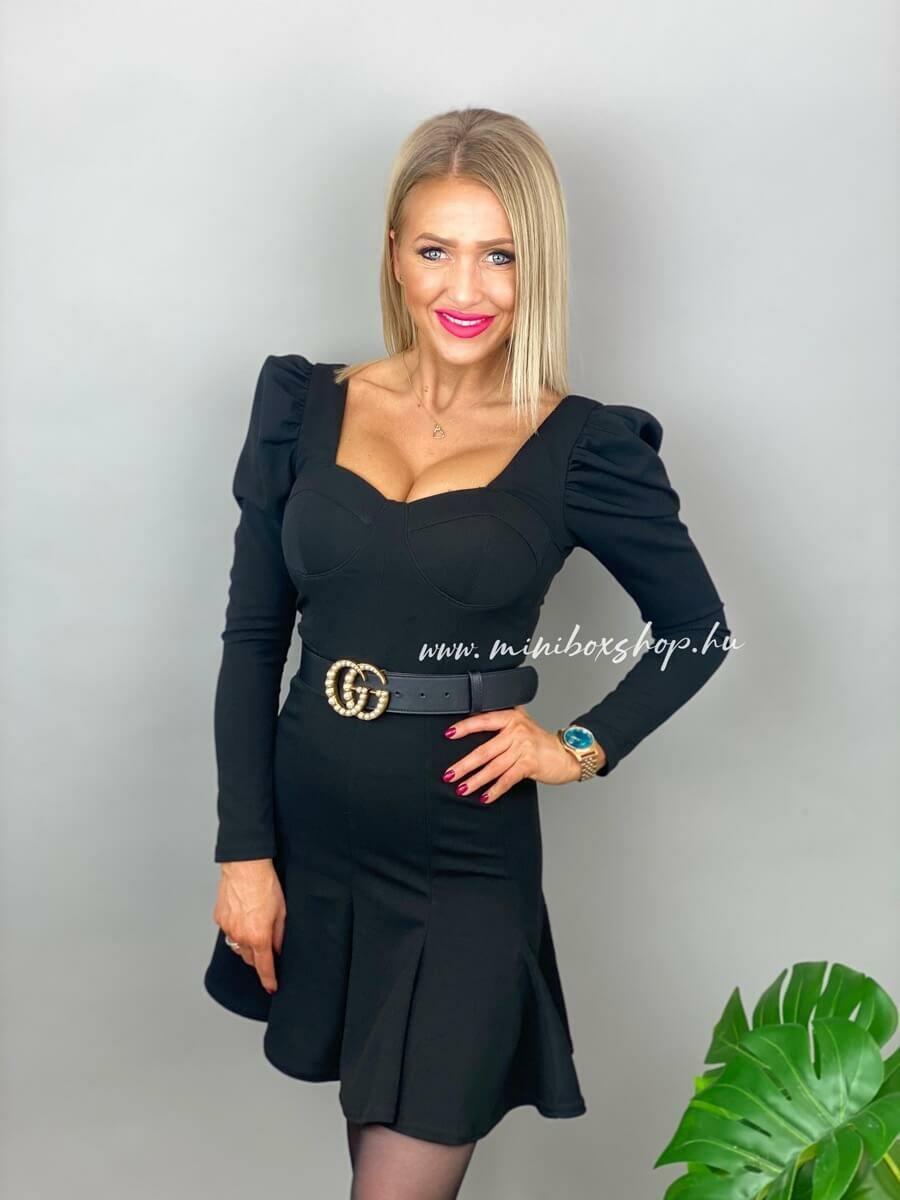 SELLY fekete ruha