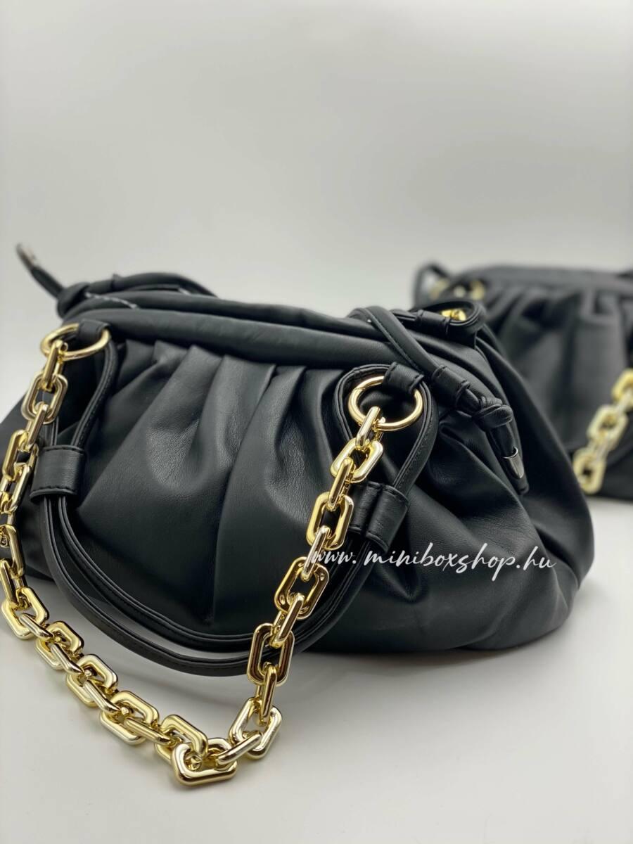 AXIE táska