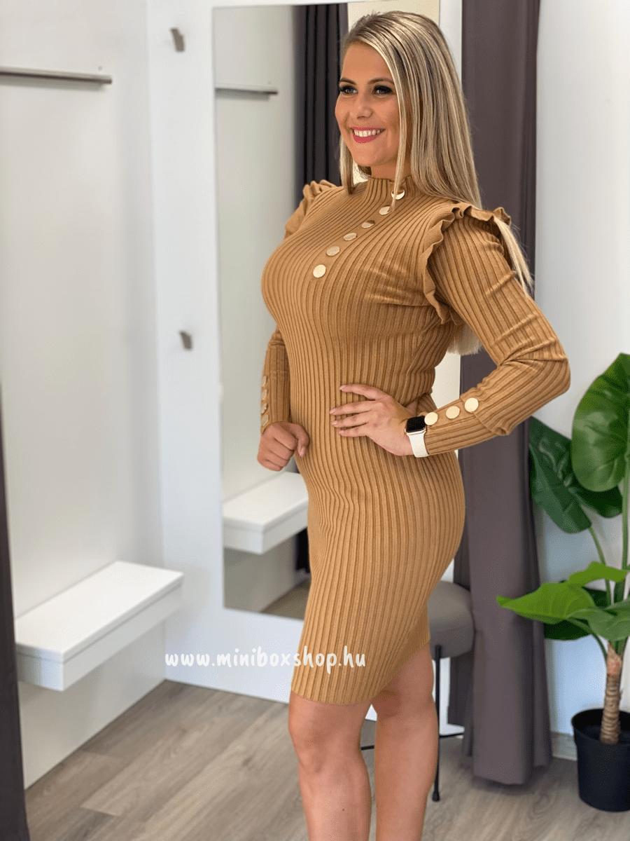 ADA kötött ruha